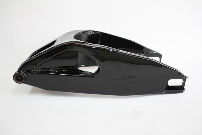 スズキGSX1300Rスイングアーム塗装:ダイヤモンドコーティング
