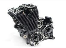 ヤマハXJR1300エンジン塗装:エンジン専用耐熱塗装ST9000
