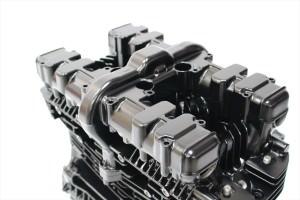 Z1000エンジン塗装