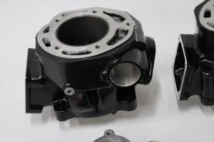 RZ350Rエンジン塗装