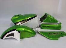 カワサキGPZ600R外装塗装:カスタムペイント