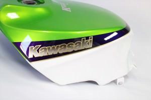 GPZ600R外装塗装カスタムペイント